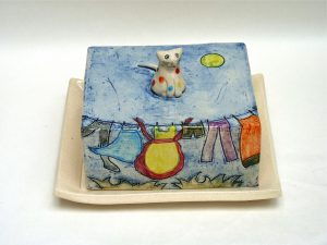Ceramic butter dish by Yvonne Halton